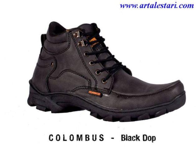 29colombus-1black-dop-700x525